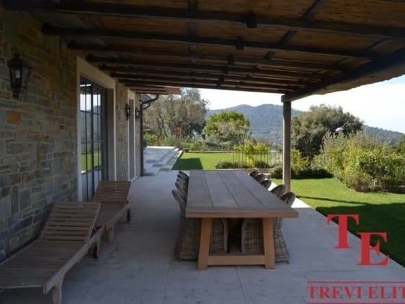 Вилла на море в Тоскане • Недвижимость Италии
