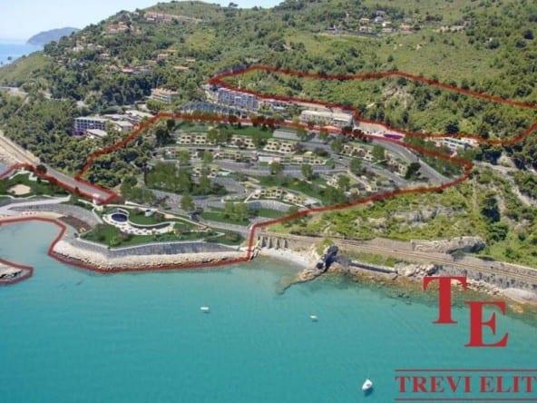 Участок под отель в Лигурии • Недвижимость Италии