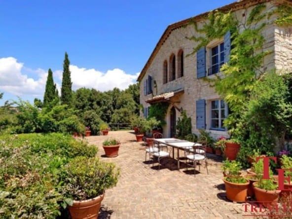 Дом в Умбрии • Недвижимость Италии