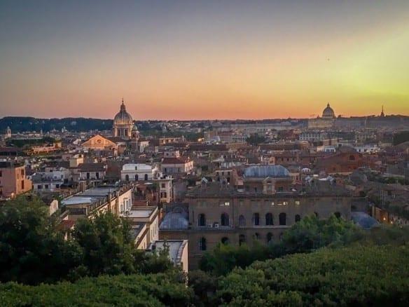 Четырехзвездочный отель • Недвижимость Италии