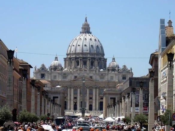 Отель с видом на Собор Святого Петра | Недвижимость Италии