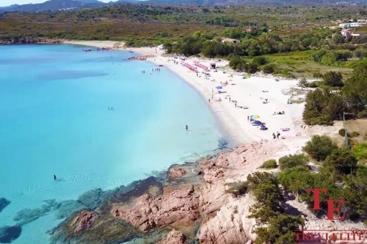 вилла на сардинии на пляже