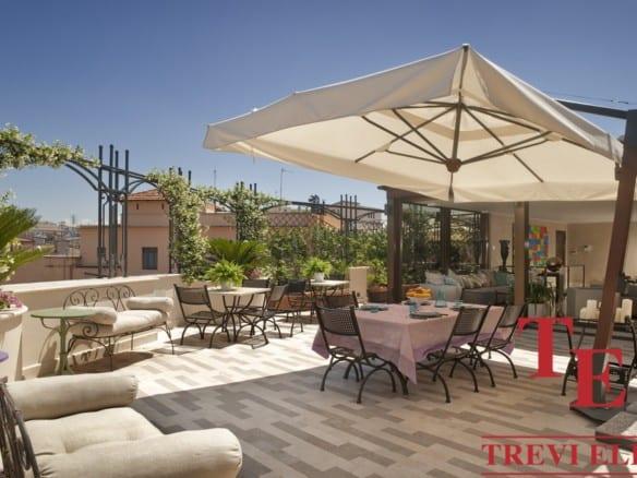 Пентхаус с террасой в Риме | Недвижимость Италии