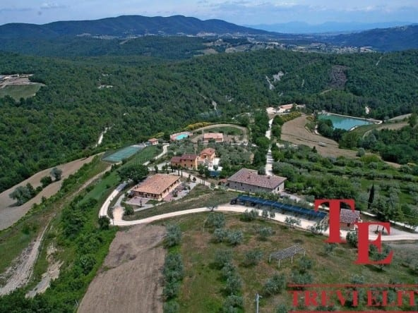 Агротуристическийкомплекс в Умбрии • Недвижимость Италии