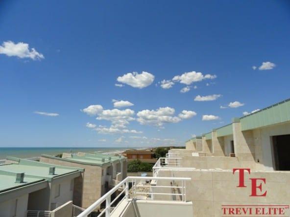 Новые квартиры на море • Недвижимость Италии