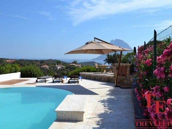 Вилла с видом на море на Сардинии • Недвижимость Италии