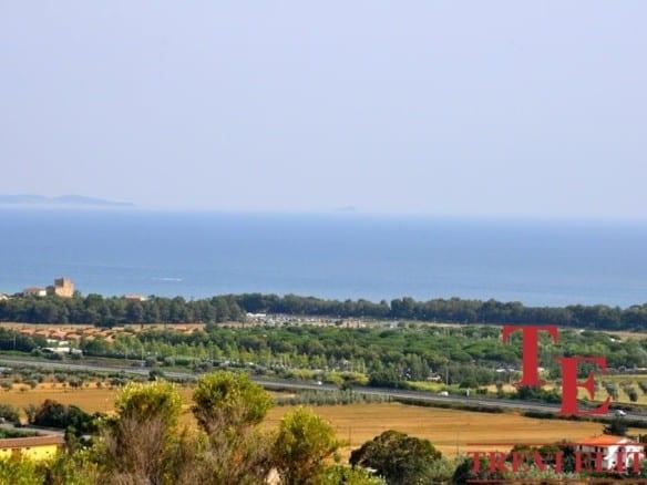 Дом с виноградником на море • Недвижимость Италии