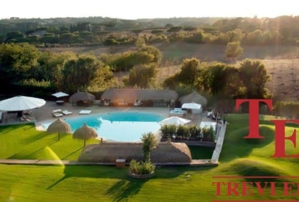 """Дом с бассейном в Риме • Агентство недвижимости в Италии """"Треви Элит"""""""