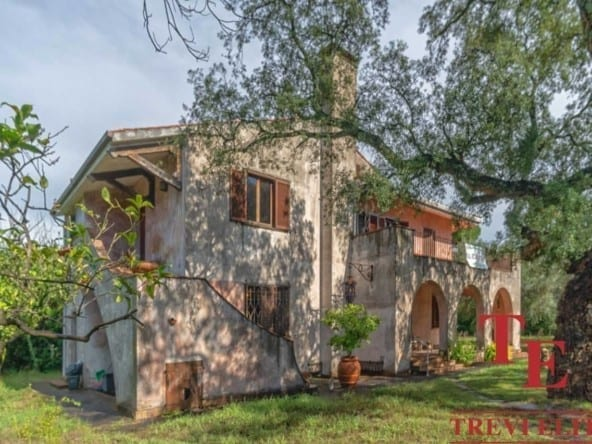 villa axa1 – Вилла в старинном стиле в Риме