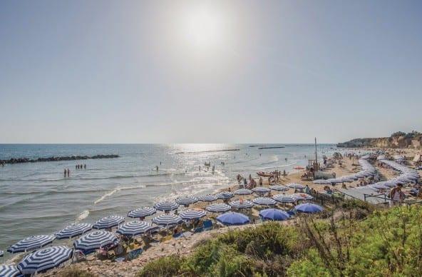 Таунхаус в жилом комплексе на море • Недвижимость Италии