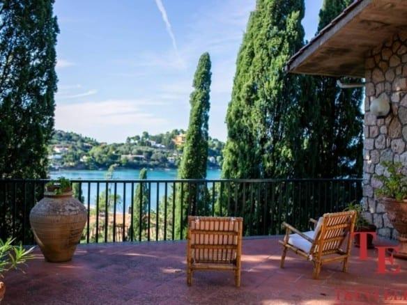 Вилла вблизи порта Санто-Стефано • Недвижимость Италии