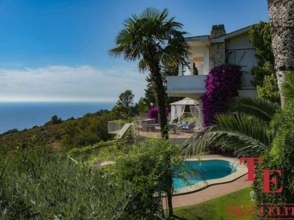 Вилла с панорамным видом на море в Тоскане   Недвижимость Италии