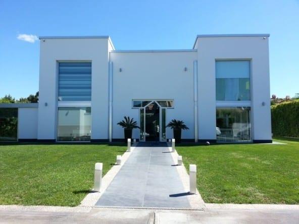 """Великолепная вилла в калифорнийском стиле • Агентство недвижимости в Италии """"Треви Элит"""""""
