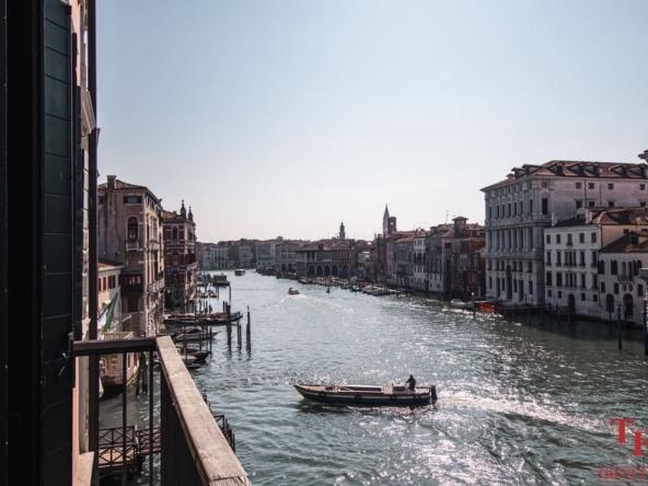 Квартира в Венеции с видом на Гранд Канал   Недвижимость Италии