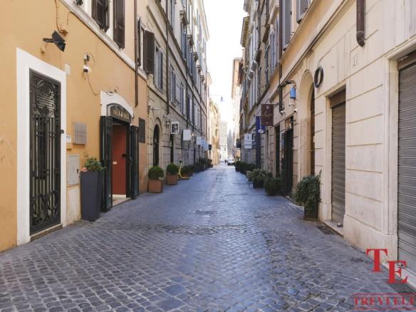 """Элитная квартира в Риме возле площади Испании   Агентство недвижимости в Италии """"Треви Элит"""""""