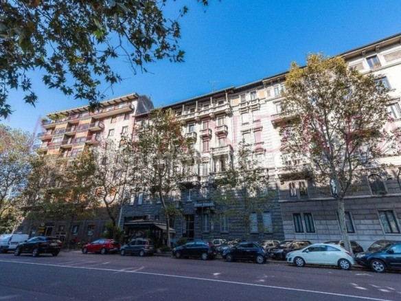 Квартира в Милане рядом с парком Семпионе   Недвижимость Италии