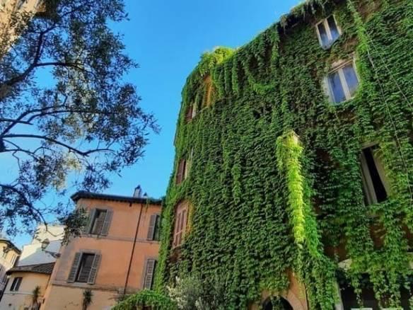 Здание на стадии реконструкции в четырехзвездочный отель | Недвижимость Италии